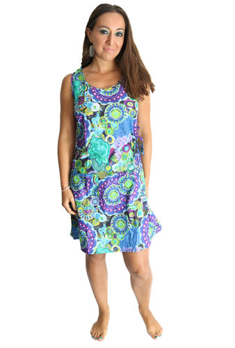 Robe ethnique multicolore motif floral